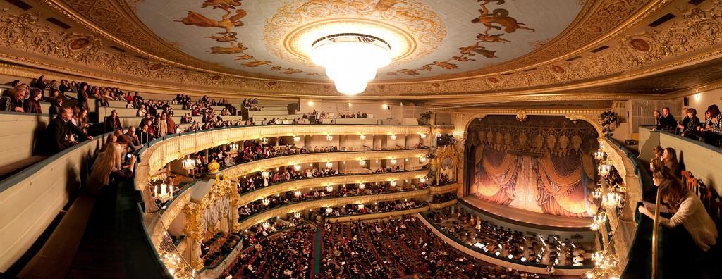 raspisanie_besplatnyh_koncertov_klassicheskoy_muzyki_v_mariinskom_teatre_1